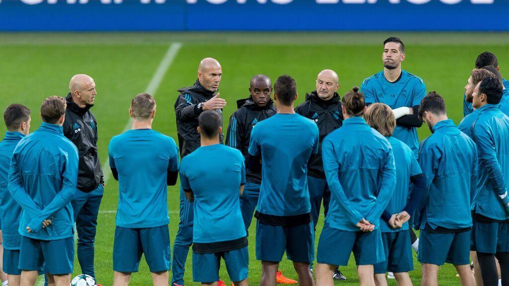 """El vestuario del Real Madrid se despide de Zidane: """"Él sabe que está en el corazón del madridismo"""""""