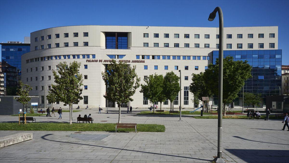 Condenan a 11 años a un hombre por abusar sexualmente de la hija de 8 años de su pareja en Pamplona