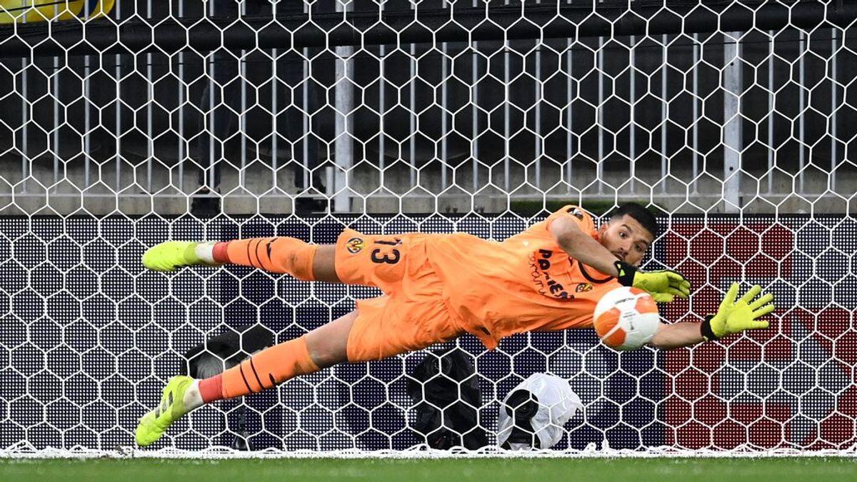 Gero Rulli, el portero argentino que paró el penalti decisivo del Villarreal lanzado por De Gea