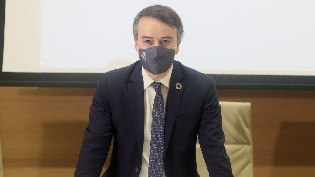 Iván Redondo habla en euskera en el Congreso