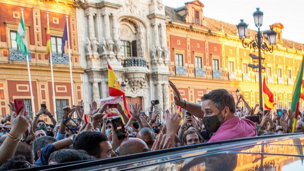 Vox lleva la bronca a los gobiernos del PP de Andalucía y Ceuta para forzar elecciones
