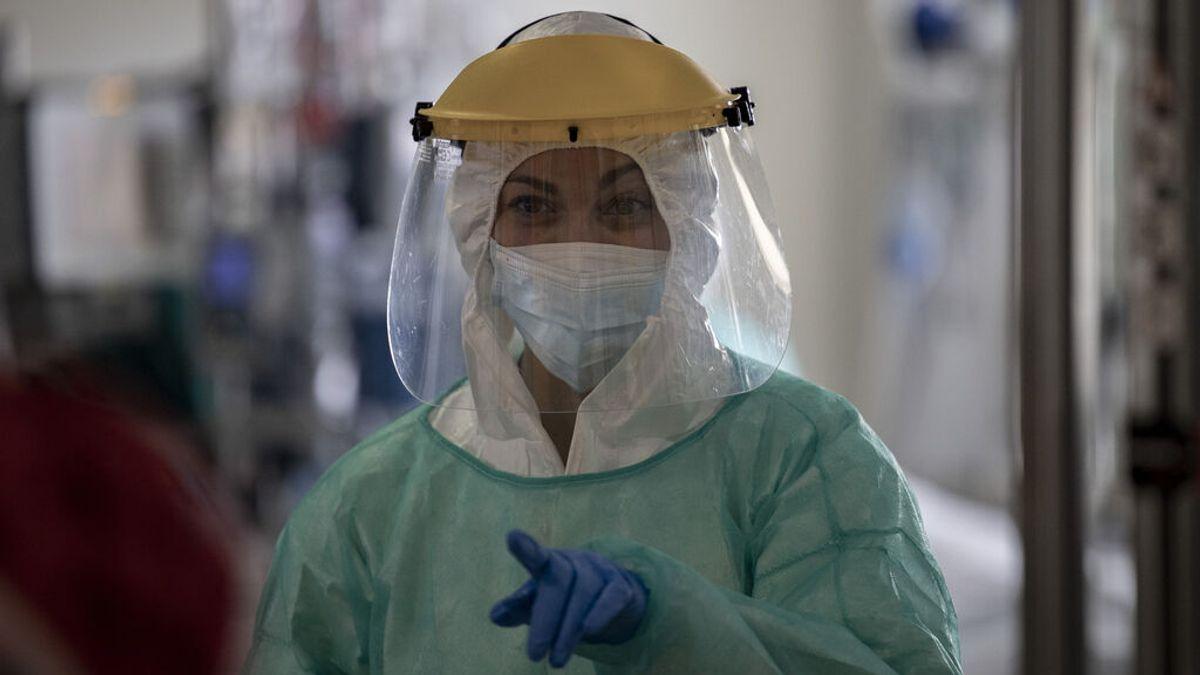 Madrid baja de 1.000 hospitalizados por covid por primera vez desde agosto