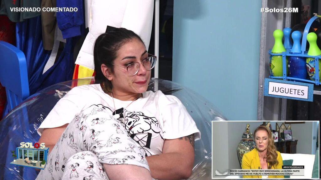 """Dakota sufre, se emociona y llora con el testimonio de Rocío Carrasco: """"¡Cómo pueden ser tan falsos!"""""""