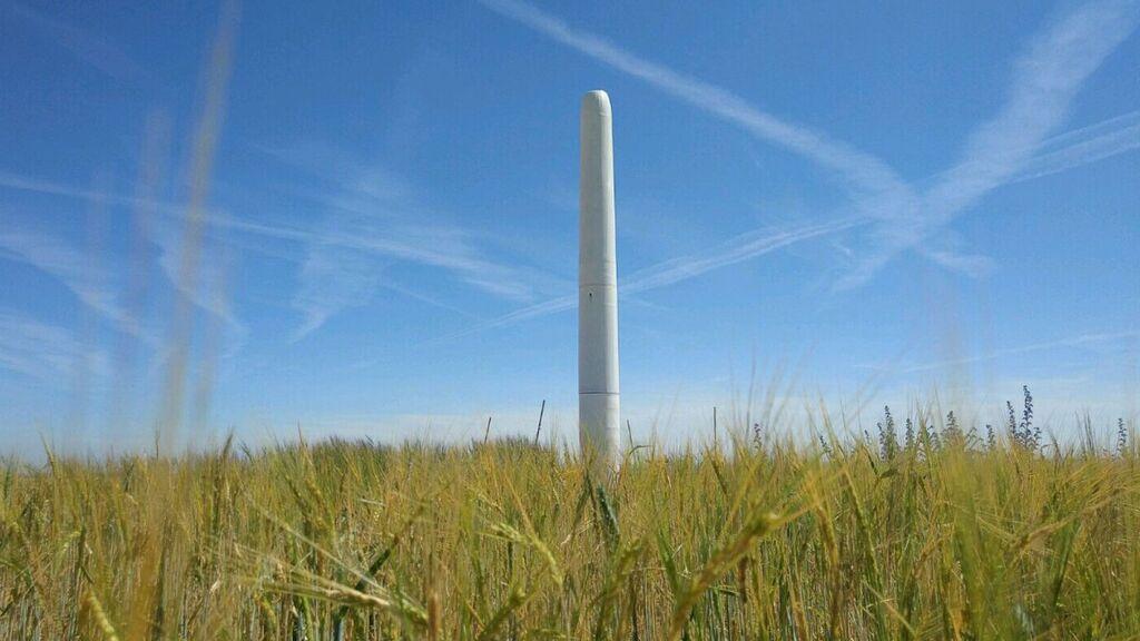 Diseñan una prometedora turbina eólica sin aspas que podría ser el futuro de las renovables: así funciona