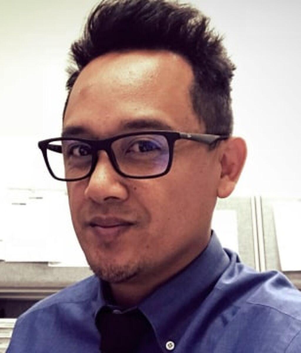 Paul Delacruz Megia,42 años, era superintendente adjunto en la gestión de servicios