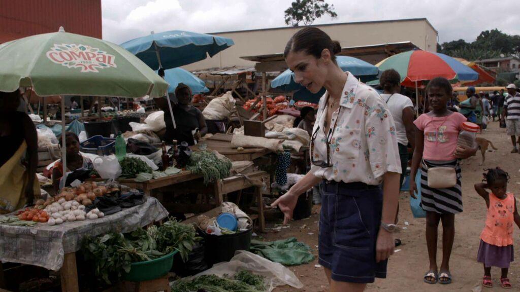 Visita al mercadillo de Santo Tomé