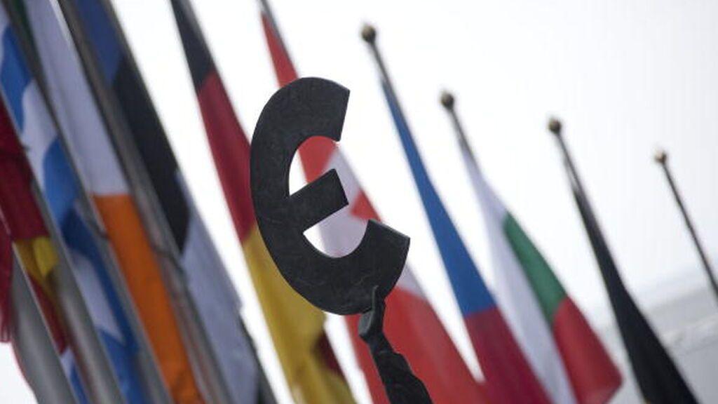 Los 27 ratifican el nuevo fondo europeo y las transferencias empezarán en julio