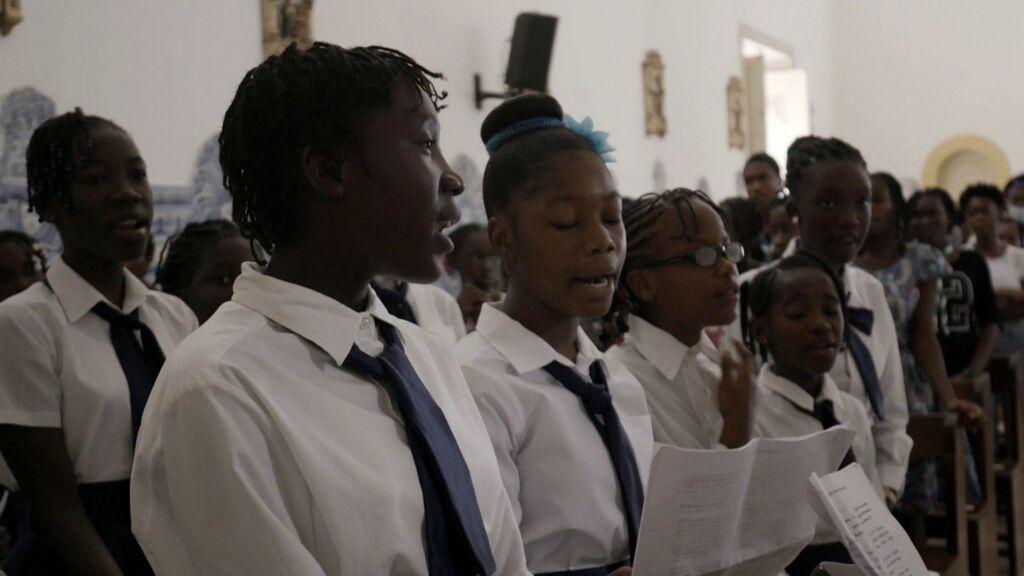 Así es una misa gospel e Santo Tomé