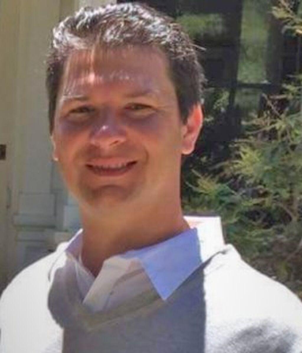 Michael Joseph Rudometkin, 40 años, trabajaba en el servicio de aerolíneas