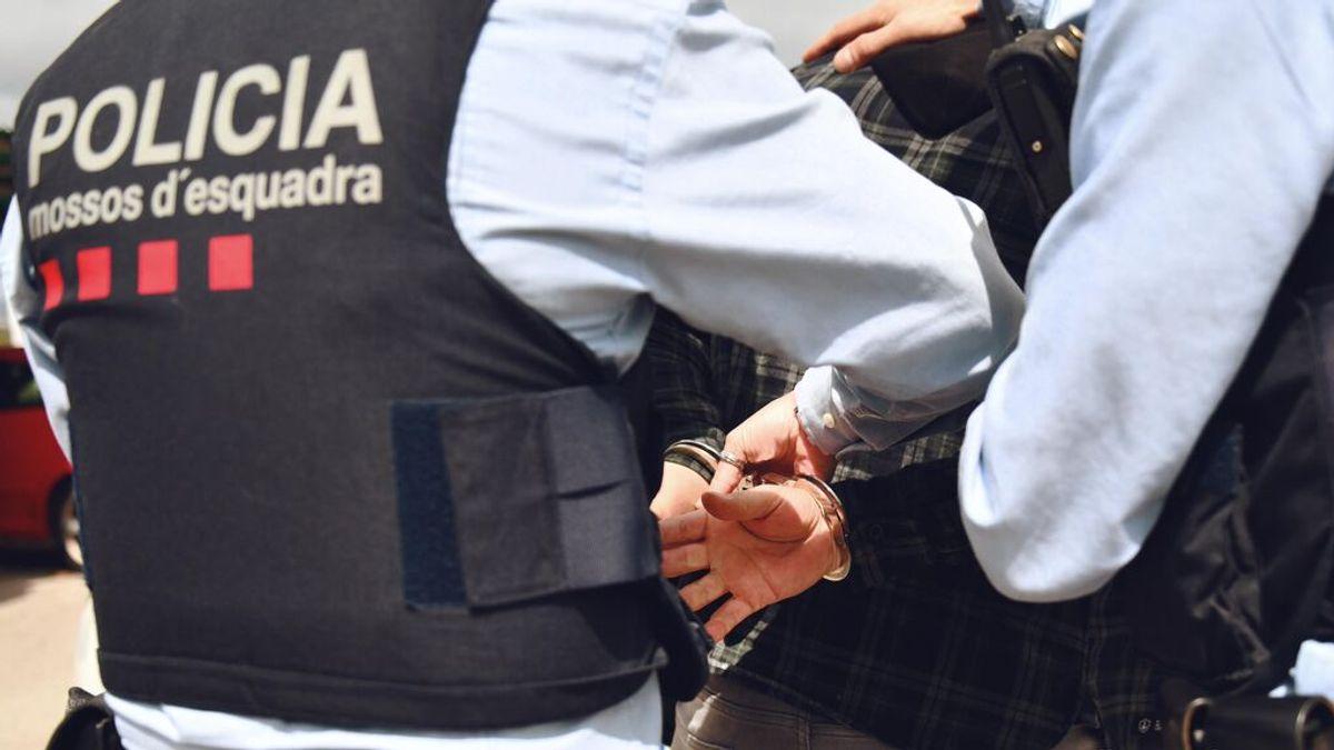 Vuelven a detener al 'Estafador del amor' tras un presunto timo de 70.000 euros a una discapacitada en Barcelona