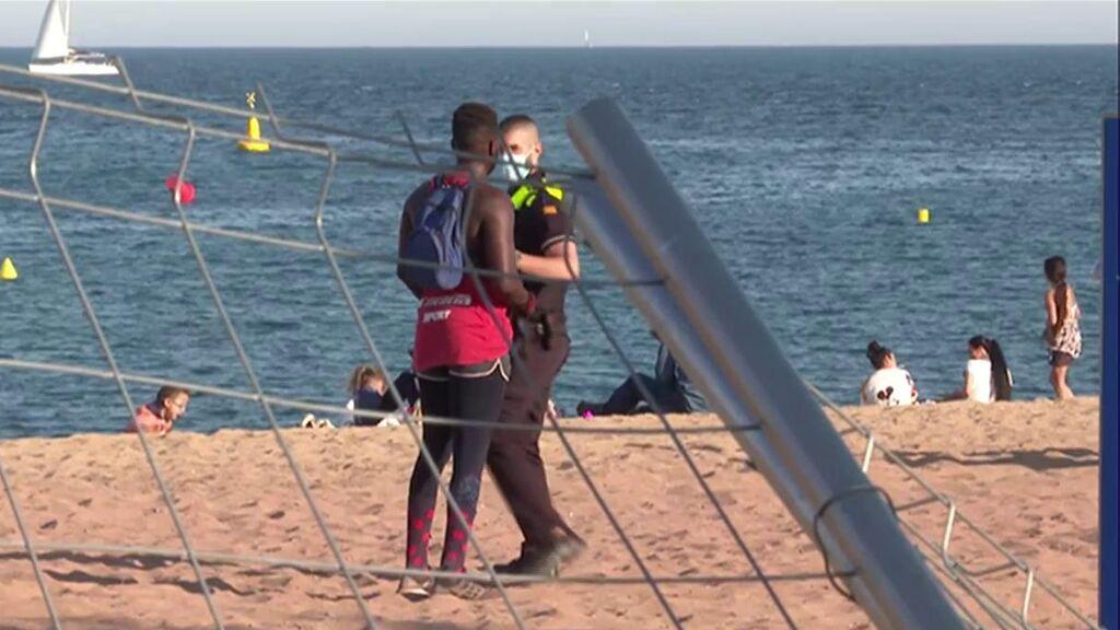 Cerrada una playa en Sant Adrià de Besòs al detectarse elementos cancerígenos en la arena
