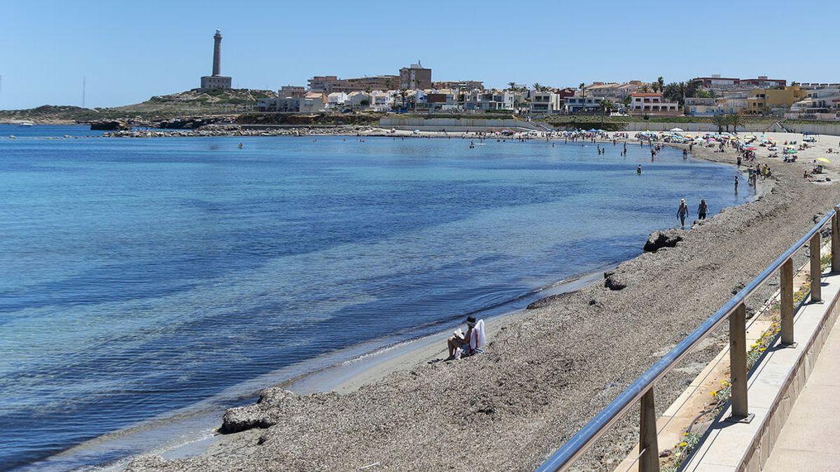 Muere un hombre de 46 años al intentar rescatar a un bañista en La Manga del Mar Menor