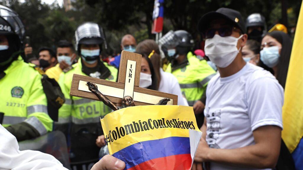 Marea blanca en Colombia contra las protestas