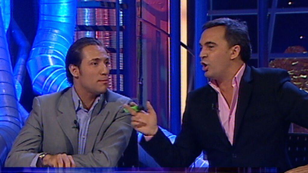 Enrique del Pozo y Antonio David Flores, enfrentados en 'Crónicas'
