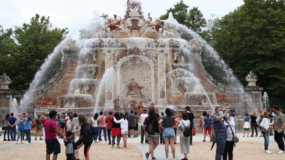 Las fuentes de los Jardines de La Granja de Segovia vuelven a funcionar 22 meses después