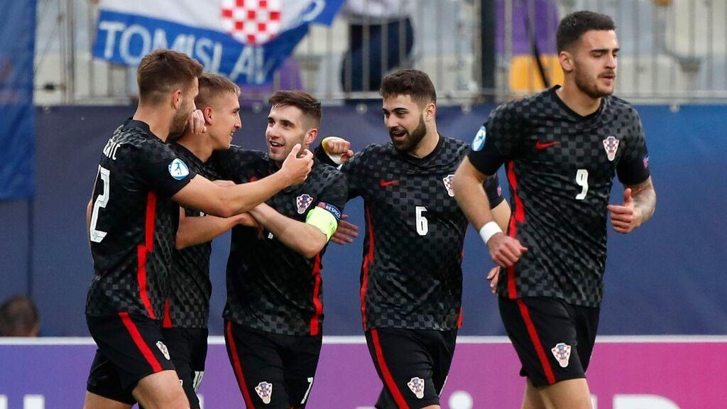 Guillamón hace penalti en el descuento y Luka Ivanušec no perdona y fuerza la prórroga