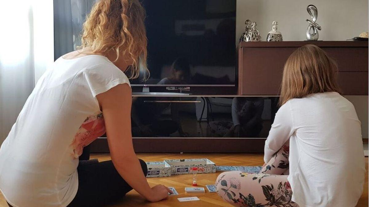 """Nuria, vacunada con una dosis de AstraZeneca: """"Me he contagiado de covid y mi hija se ha reinfectado"""""""