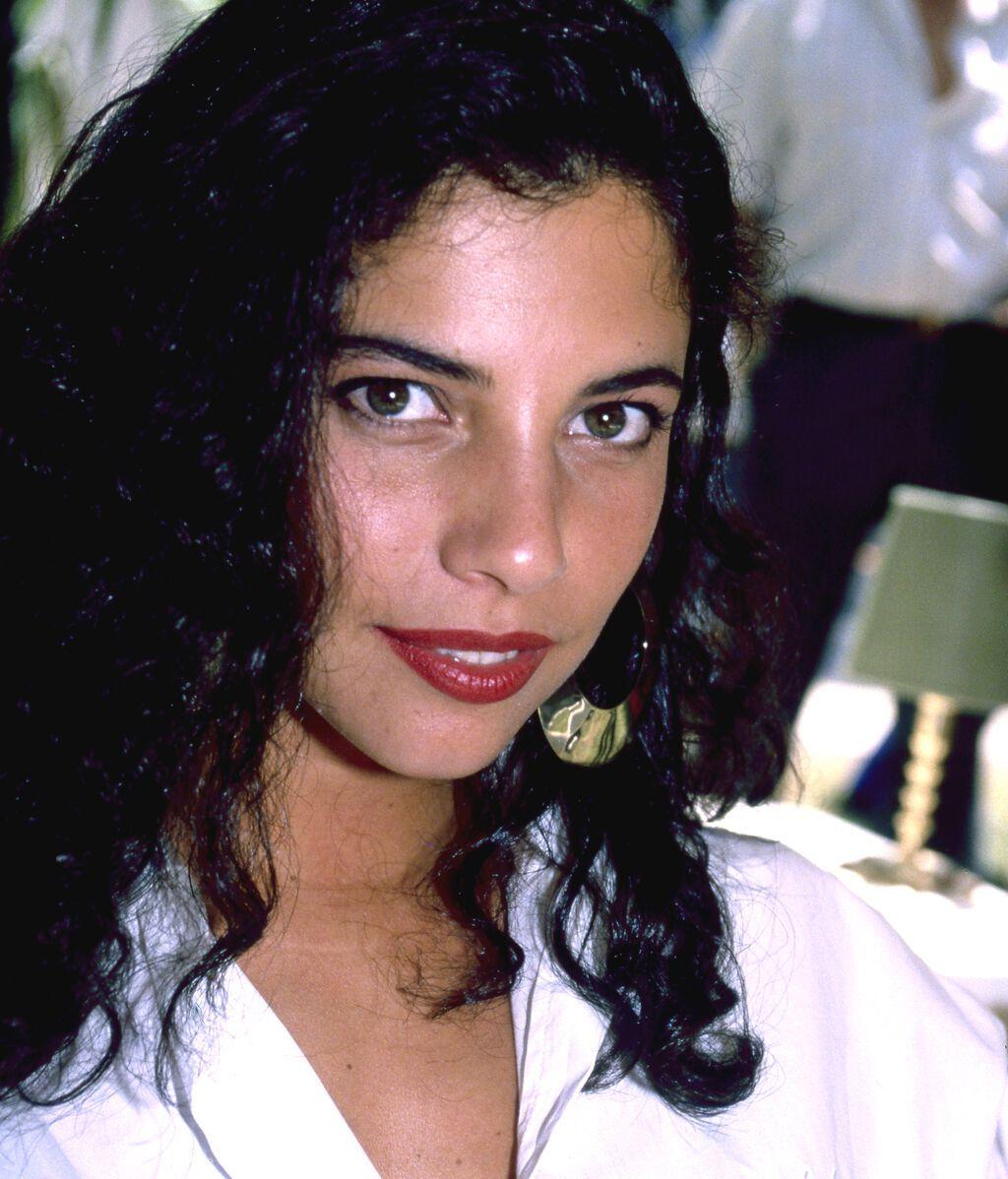Maribel Verdú (1992)