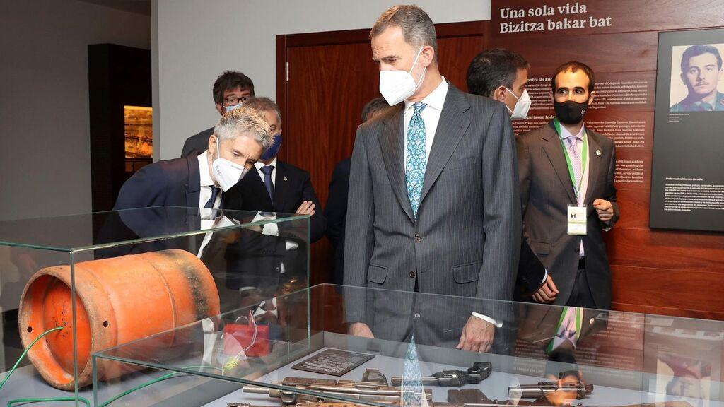 El rey Felipe VI junto al ministro del Interior, Fernando Grande- Marlaska