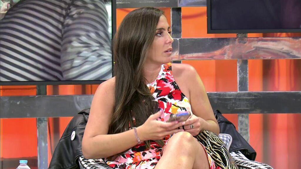 """El comentario de Anabel Pantoja que deja a sus compañeros sin palabras: """"Compré una estrella por internet y me costó 300€"""""""