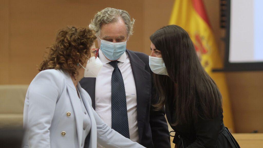 Macarena Olona denuncia amenazas de un diputado del PP en la Comisión Kitchen