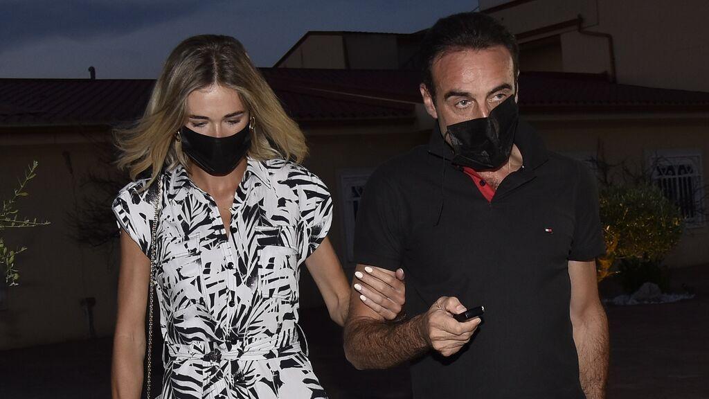 Enrique Ponce y Ana Soria reaparecían tras los rumores de crisis