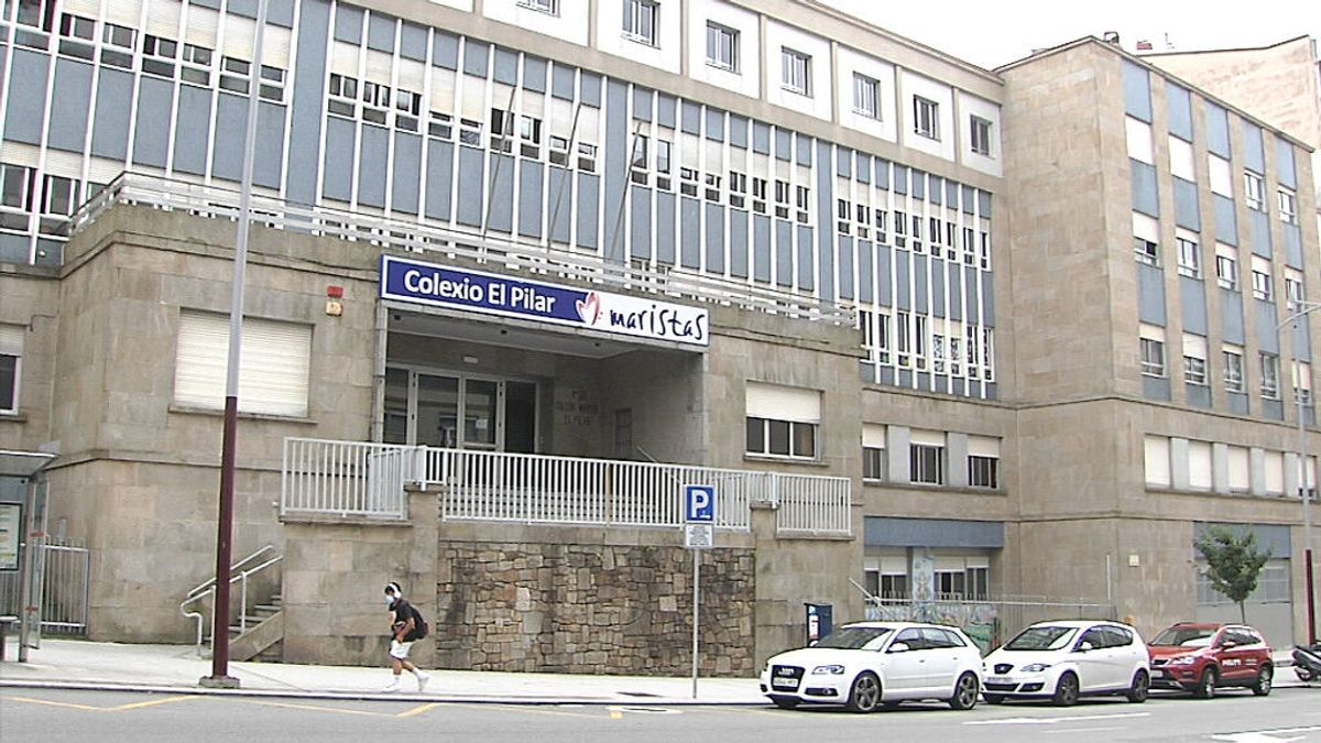 Los Maristas investigan los casos de pederastia denunciados por exalumnos de un colegio de Vigo