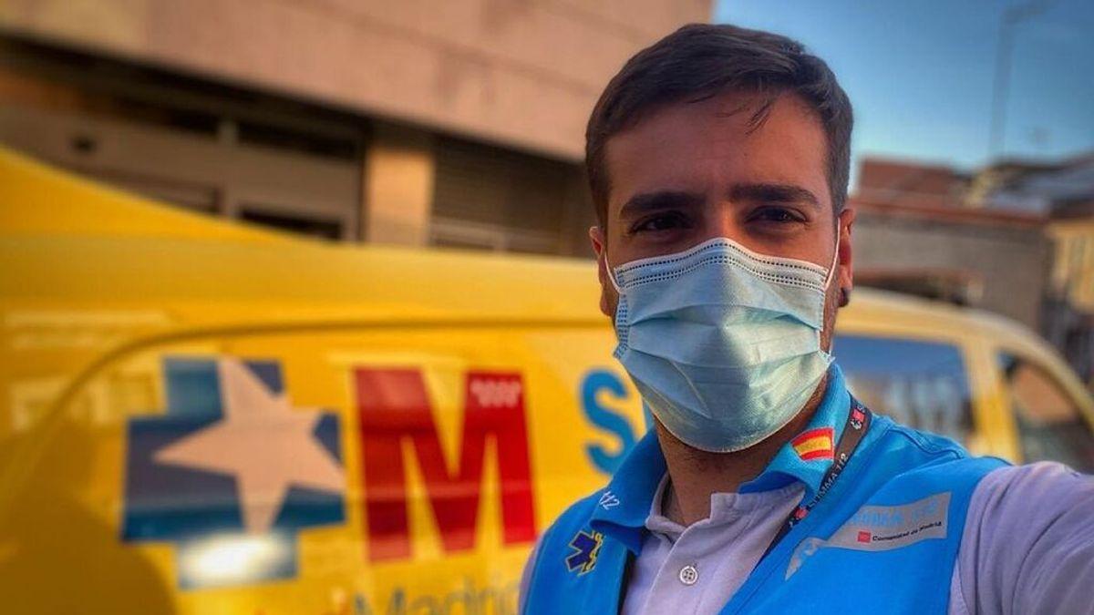 """Jorge, el enfermero que ha triunfado con su discurso en la vacunación del Wanda Metropolitano: """"Vacuna a vacuna"""""""