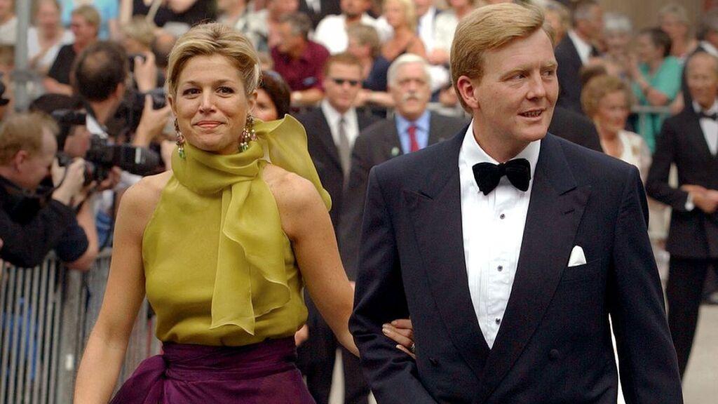 Para la boda de Marta Luisa de Noruega se decantó por un dos piezas.