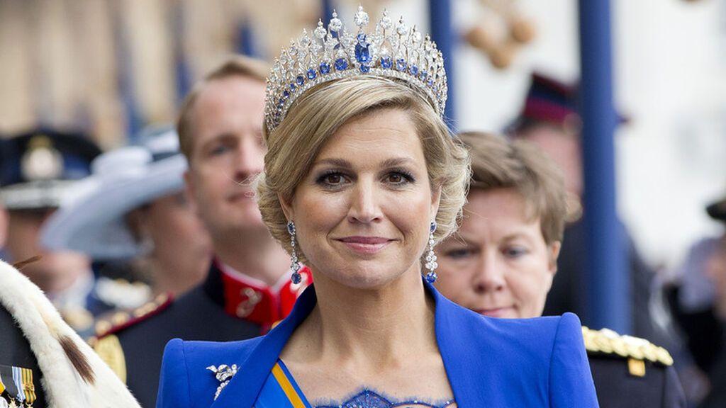 La reina iba impresionante en el día de su coronación.