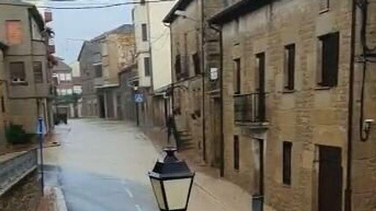 La virulenta granizada arrasa cientos de hectáreas de viñedo y cereal en la Rioja Alavesa