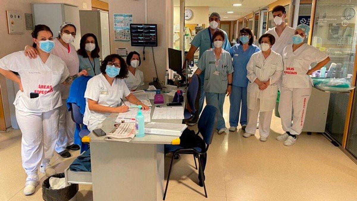 La UCI del hospital gallego que llegó a tener más ingresados en la pandemia, libre de pacientes covid