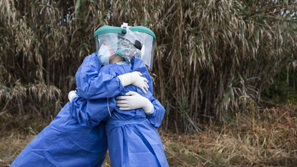 Las muertes diarias por covid en España vuelven a niveles de inicios de agosto