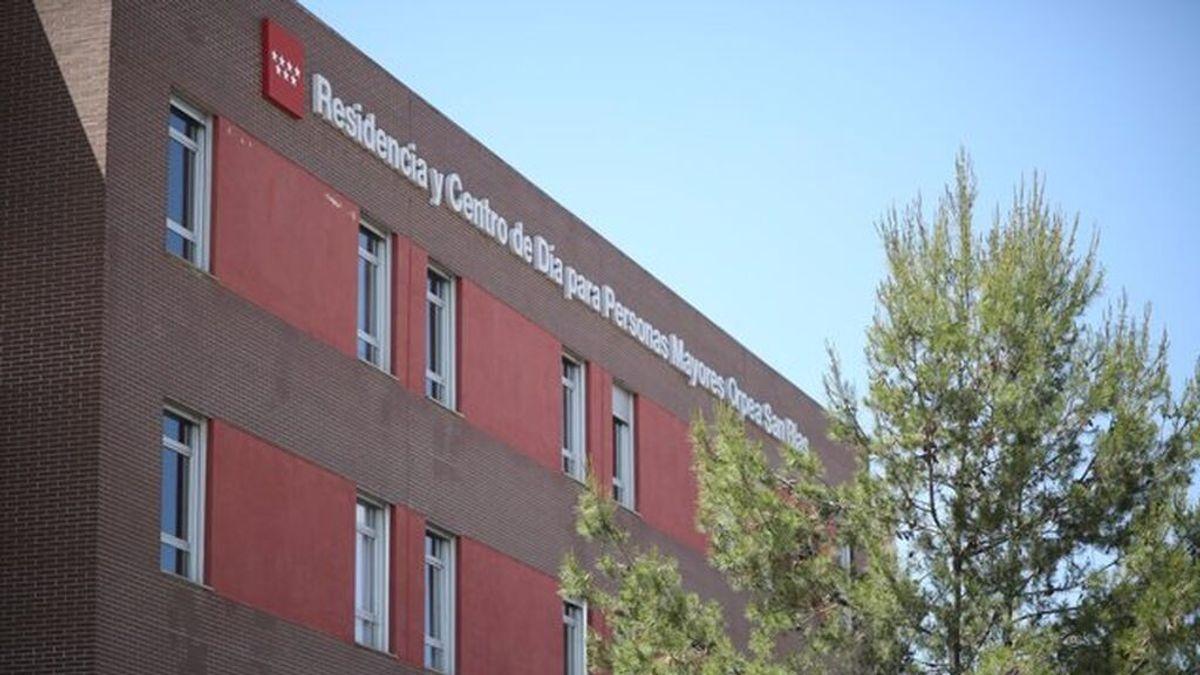 Un total de 21 ancianos contagiados de covid en una residencia de Madrid pese a estar vacunados