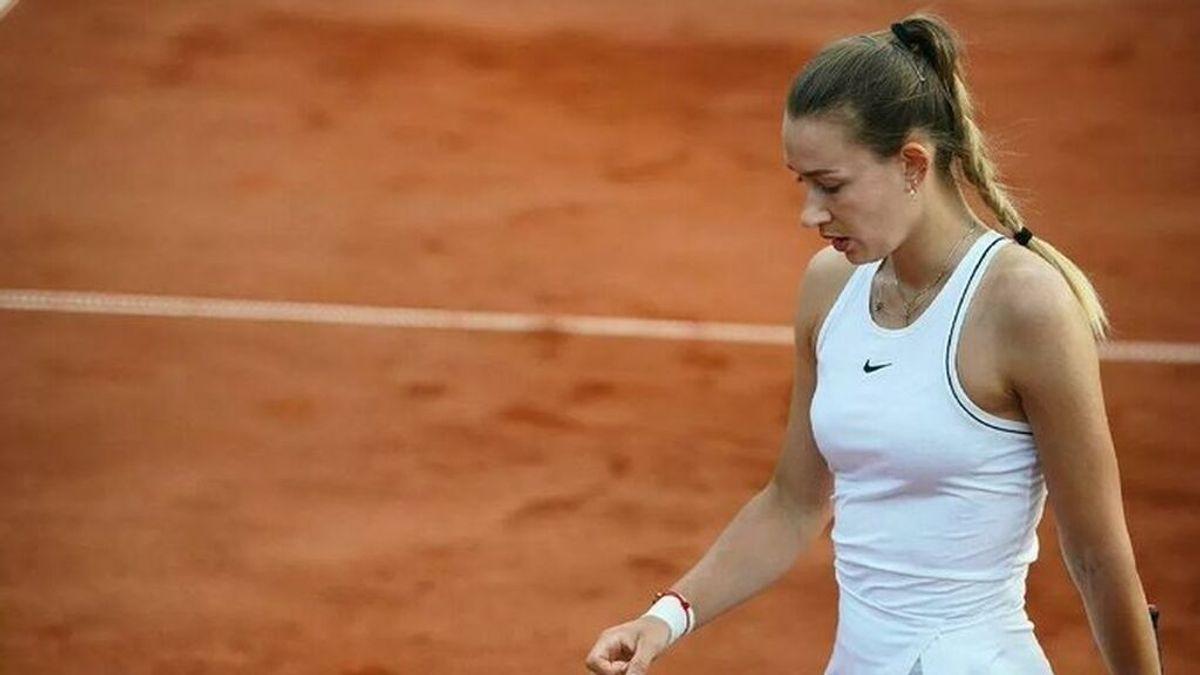 La tenista Yana Sizikova, detenida en pleno Roland Garros en una operación contra el amaño de partidos
