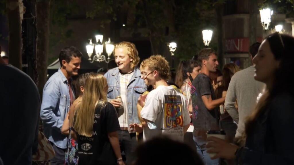 Los botellones se hacen con la noche en Barcelona