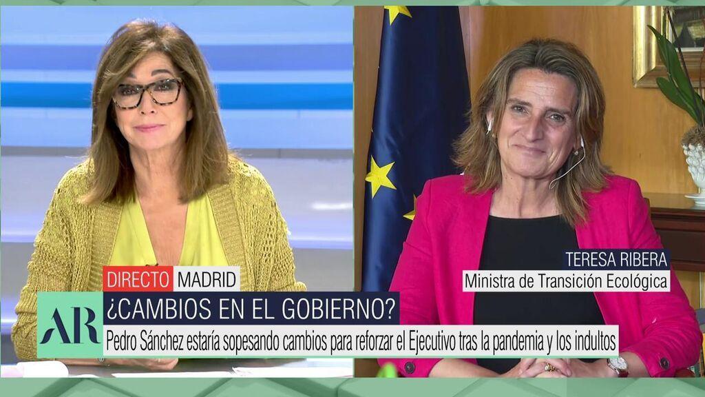 """Ana Rosa pone contra las cuerdas a la ministra: """"¿Tú cuándo pones la lavadora?"""""""