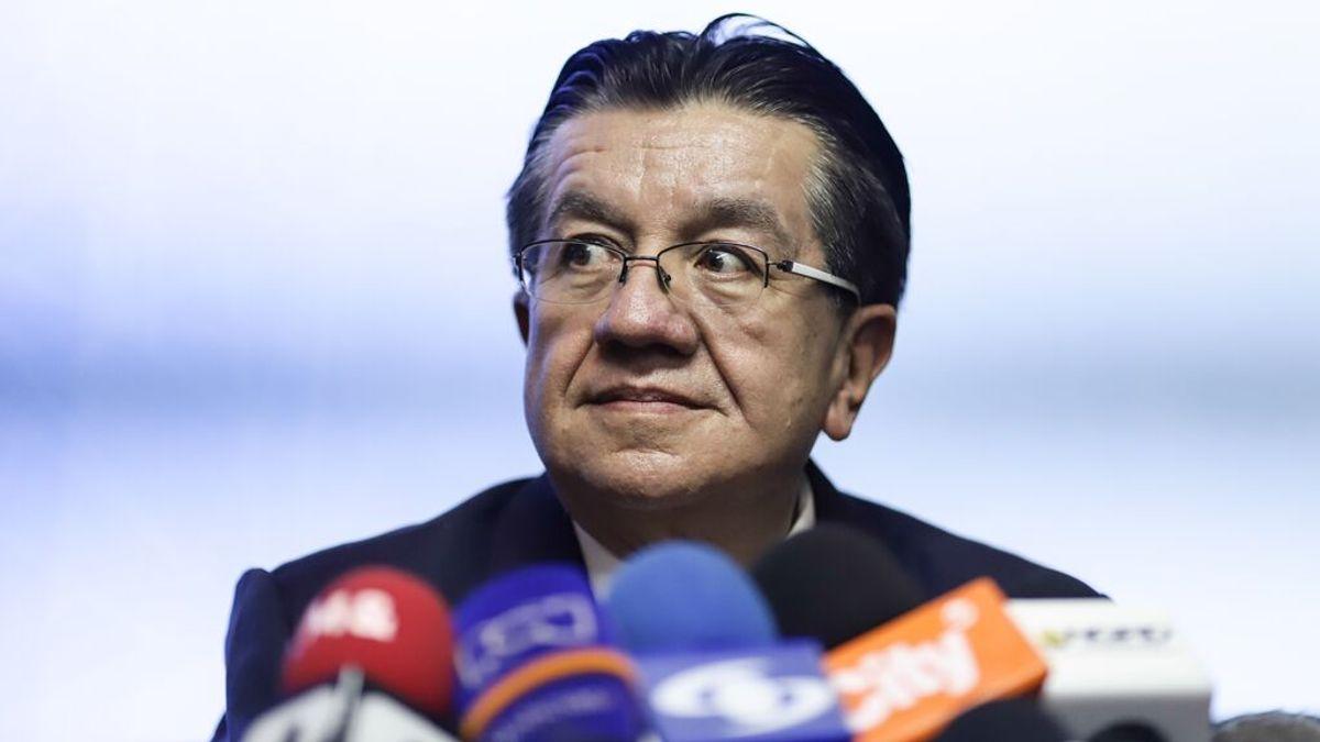 EuropaPress_3496537_ministro_salud_colombia_fernando_ruiz