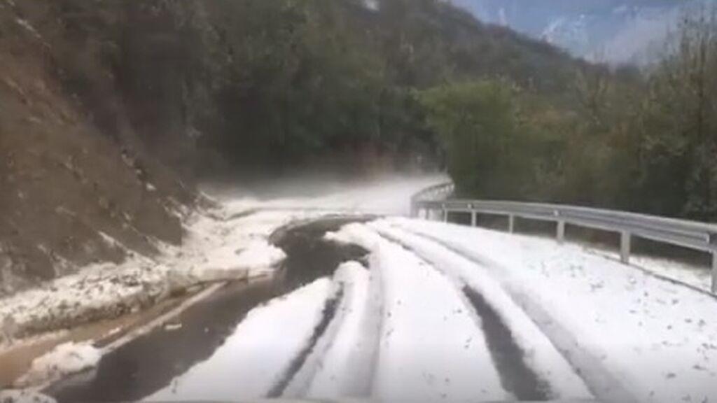 Las fuertes tormentas y lluvias en España arrasan la Ribera del Duero y causan graves daños en los cultivos