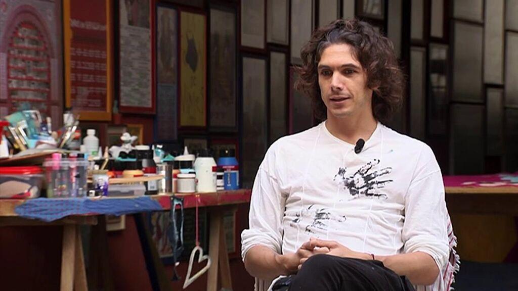 Entrevista exclusiva al torero Sebastián Castella, que acaba de exponer su primera colección de capotes