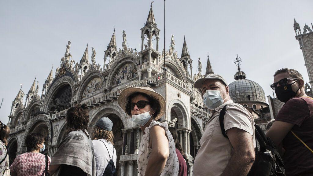 Los países de la UE suavizan sus restricciones en la reapertura al turismo internacional