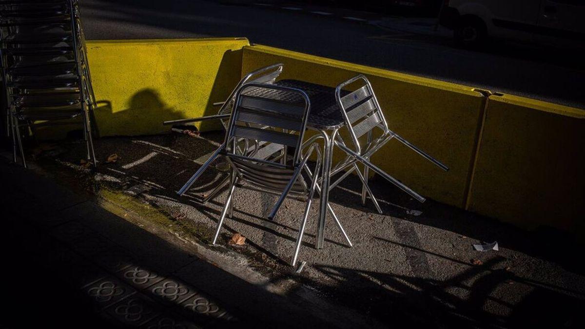 """Los """"feos"""" bloques de hormigón que protegen las terrazas desaparecerán de las calles de Barcelona"""