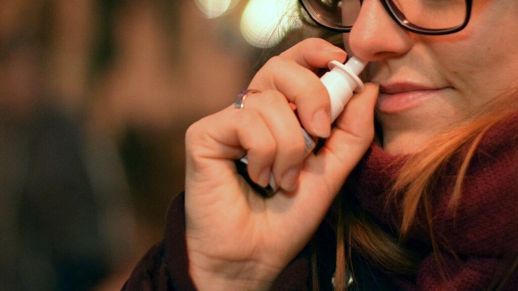 Un aerosol nasal cargado de anticuerpos podría brindar protección contra la covid