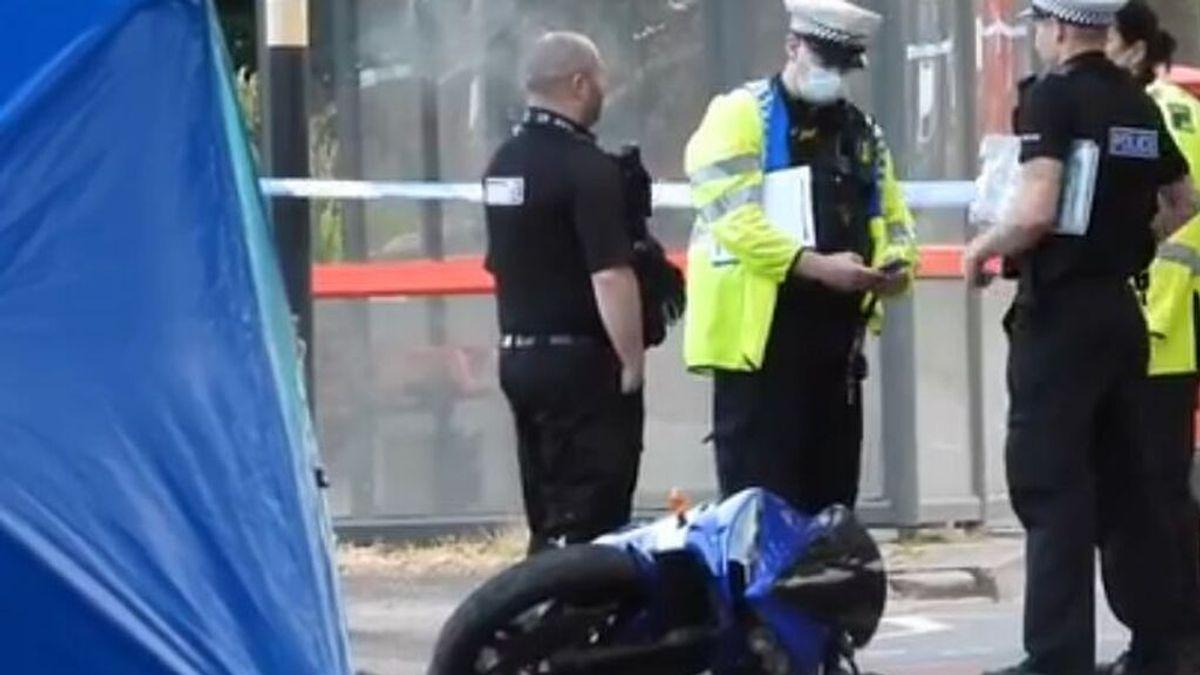 Mueren padre y madre de cinco hijos en un accidente en moto en Birmingham