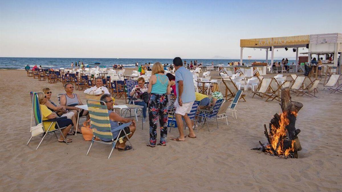 Valencia cerrará 20 kilómetros de playa la noche de San Juan para evitar los botellones