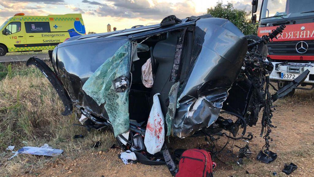 Cóctel explosivo en el accidente de León: el conductor se saltó un stop, dio positivo en alcohol y corría demasiado