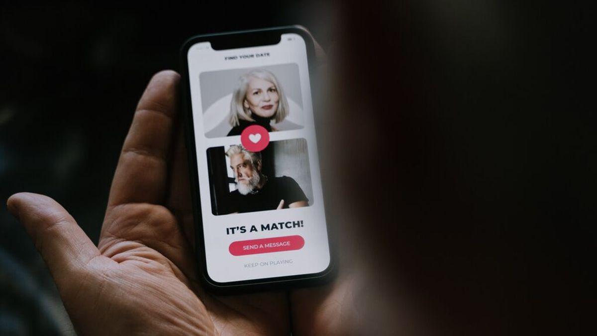 El botón de Tinder para evitar encontrarte a tu ex o a tu jefe en la app