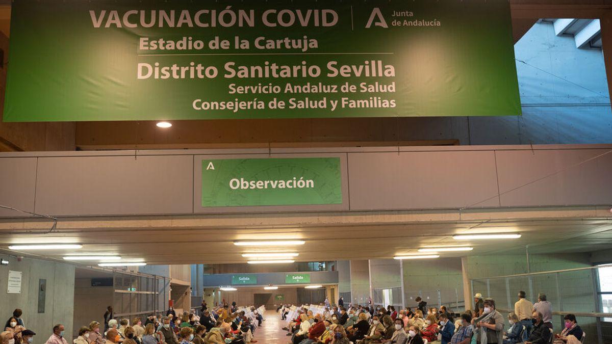 """Juanma Moreno: """"Los andaluces serán los primeros europeos en tener el certificado de vacunación"""""""