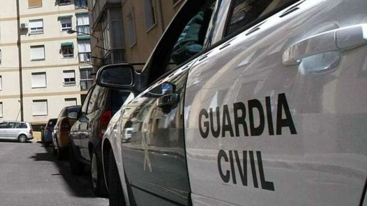 Buscan a menor de 17 años desaparecida en Sevilla, madre de una bebé de 4 meses
