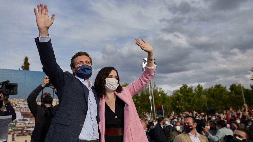 EuropaPress_3682232_presidente_pp_pablo_casado_presidenta_comunidad_madrid_candidata_reeleccion